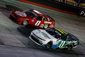 Justin Haley, Kaulig Racing, Chevrolet Camaro LeafFilter Gutter Protection y Jeffrey Earnhardt, JD Motorsports, Chevrolet Camaro TeamJDMotorsports.com