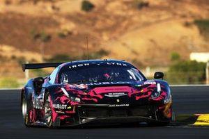 #83 Iron Lynx Ferrari F488 GTE EVO: Manuela Gostner, Michelle Gatting, Rahel Frey