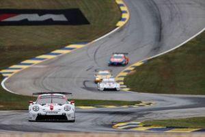 #912 Porsche GT Team Porsche 911 RSR - 19, GTLM: Laurens Vanthoor, Earl Bamber, Mathieu Jaminet, #911 Porsche GT Team Porsche 911 RSR - 19, GTLM: Nick Tandy, Fred Makowiecki, Matt Campbell