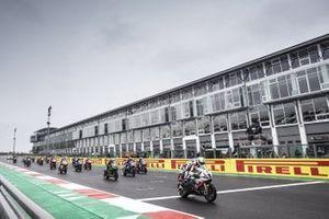 Eugene Laverty, BMW Motorrad WorldSBK Team starts on pole