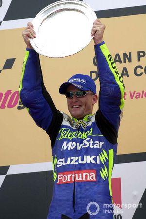 Sete Gibernau celebrating on the podium