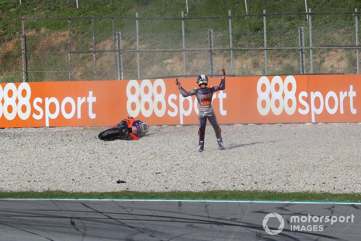 Iker Lecuona, Red Bull KTM Tech 3 caída