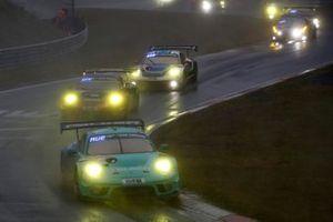 #33 Falken Motorsports Porsche 911 GT3 R: Christian Engelhart, Sven Mu?ller, Dirk Werner, Klaus Bachler