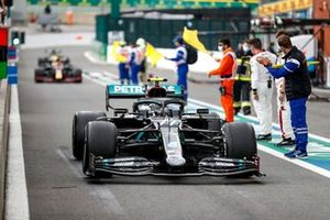 Valtteri Bottas, Mercedes F1 W11, 2° posto, arriva nel parco chiuso
