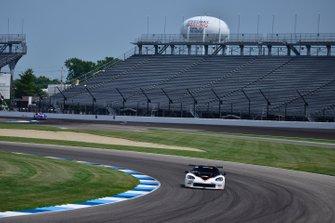 #53 TA Chevrolet Corvette driven by Larry Hoopaugh of Hoopaugh Racing