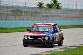 #747 MP3B BMW 325i driven by Gilberto Pinzon & Carlos Corredor of Bucket List Racing