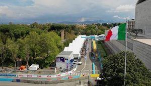 Vue aérienne du circuit, avec le drapeau italien