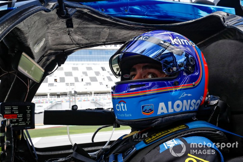 #10 Konica Minolta Cadillac DPi-V.R. Cadillac DPi, DPi: Fernando Alonso Diaz