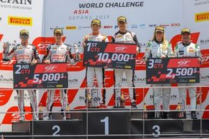 Race 2 podium GT3 overall celebrations