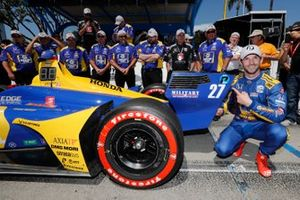 Pole Award Winner Alexander Rossi, Andretti Autosport Honda