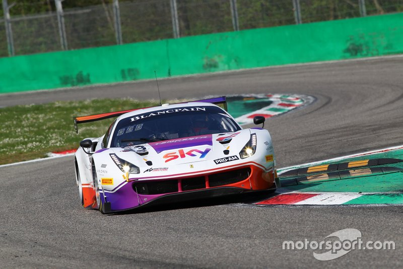#93 Tempesta Racing Ferrari 488 GT3: Chris Froggatt, Chris Buncombe, Jonathan Hui