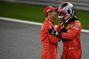 Sebastian Vettel, Ferrari, fa i complimenti a Charles Leclerc, Ferrari, per la sua prima pole position in F1