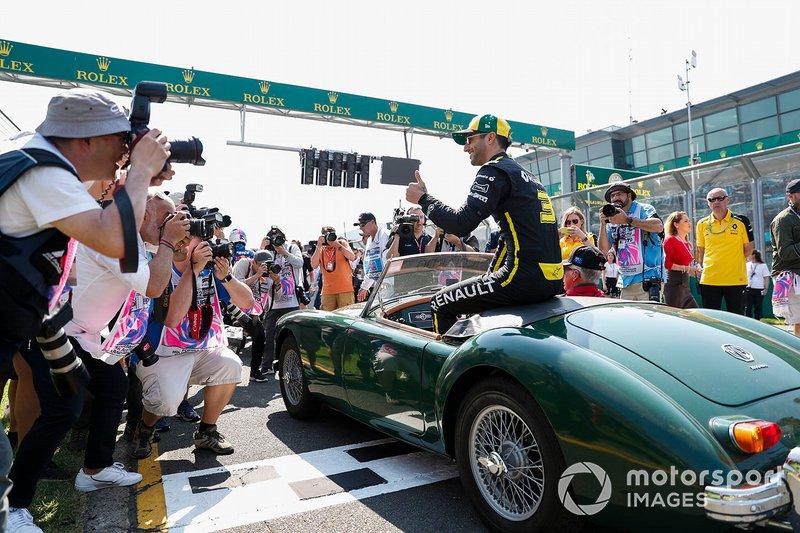 Daniel Ricciardo, Renault F1 Team, pilotlar geçit töreninde