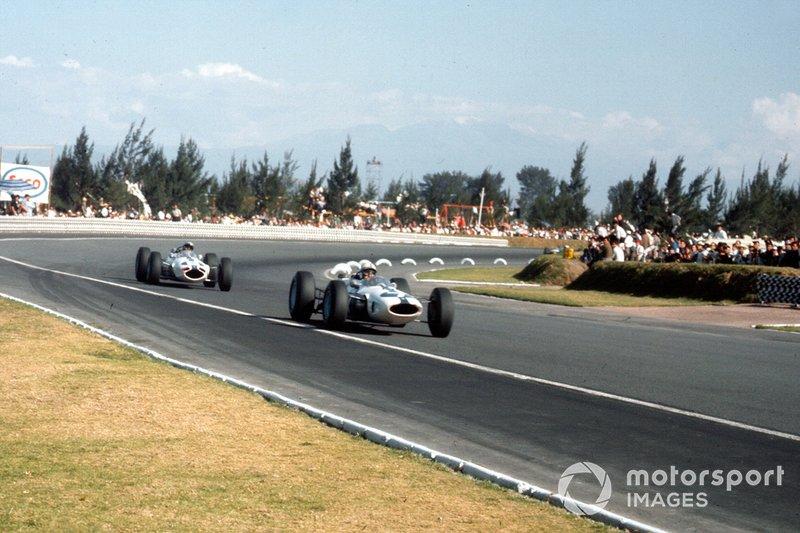 En la primera época del GP de México, el circuito llevaba el nombre de Magdalena Mixhuca, que era el nombre del parque donde se encuentra la pista. Con la muerte de los hermanos Ricardo y Pedro Rodríguez, el lugar pasó a llamarse así en la década de 1980.