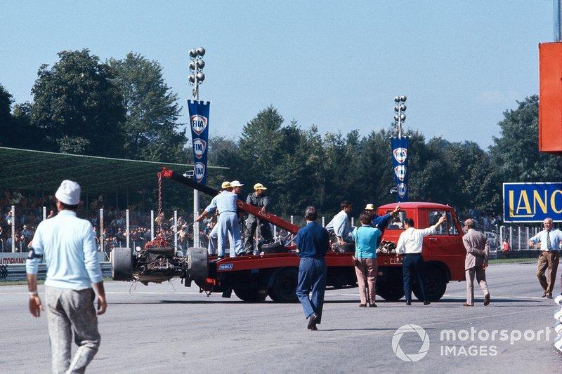 Y fue a bordo del 72C donde Rindt sufrió el accidente en el que perdió la vida, durante los entrenamientos libres para el GP de Italia del mismo año