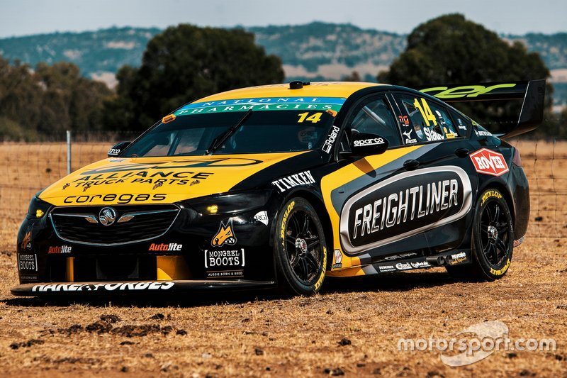 Автомобиль Holden ZB Commodore команды Brad Jones Racing