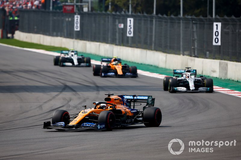 Carlos Sainz Jr., McLaren MCL34, leads Lewis Hamilton, Mercedes AMG F1 W10, Lando Norris, McLaren MCL34, and Valtteri Bottas, Mercedes AMG W10