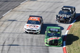 Chase Elliott, Hendrick Motorsports, Chevrolet Camaro Mountain Dew, Michael McDowell, Front Row Motorsports, Ford Mustang A&W All American Foods, Kurt Busch, Chip Ganassi Racing, Chevrolet Camaro Global Poker