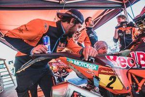 Mechanics of Red Bull KTM Factory Team