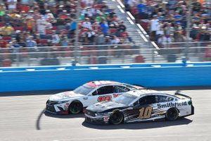 Kyle Busch, Joe Gibbs Racing, Toyota Camry Sport Clips, Aric Almirola, Stewart-Haas Racing, Ford Mustang Smithfield
