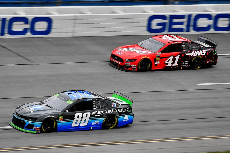 Alex Bowman, Hendrick Motorsports, Chevrolet Camaro Nationwide / Amazon Echo Auto and Daniel Suarez, Stewart-Haas Racing, Ford Mustang Haas Automation