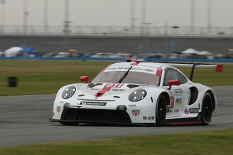 #911 Porsche GT Team Porsche 911 RSR: Matt Campbell, Nick Tandy, Frederic Makowiecki