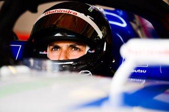 Pipo Derani no teste da Fórmula E com a Mahindra