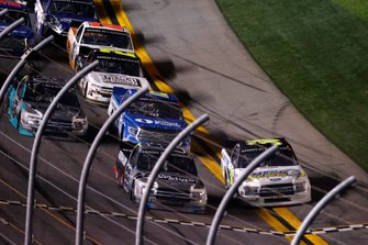 Ben Rhodes, ThorSport Racing, Ford F-150, Todd Gilliland, Front Row Motorsports, Ford F-150 Black's Tire, recovery