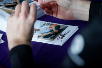 Stoffel Vandoorne, Mercedes Benz EQ at the autograph session