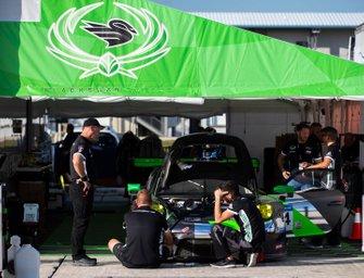 #54 PORSCHE 911 GT3 R BLACK SWAN RACING: Timothy Pappas, Dirk Werner, Marco Seefried, Matteo Cairoli