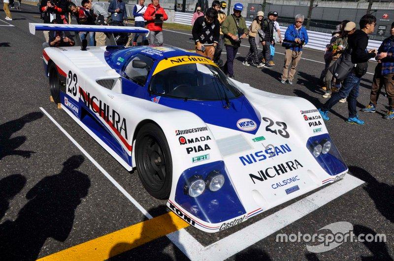 Nissan R86V