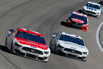 Matt DiBenedetto, Wood Brothers Racing, Ford Mustang Motorcraft/Quick Lane, John Hunter Nemechek, Front Row Motorsports, Ford Mustang Berry's Bullets