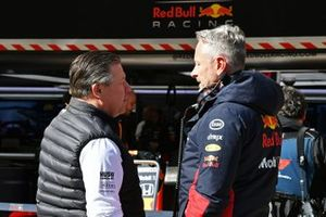 Zak Brown, Executive Director, McLaren, talks to Jonathan Wheatley, Team Manager, Red Bull Racing