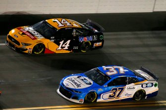 Ryan Preece, JTG Daugherty Racing, Chevrolet Camaro Cottonelle, Clint Bowyer, Stewart-Haas Racing, Ford Mustang Rush / Mobil 1