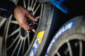 Dettaglio della ruota e della gomma
