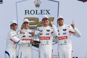 GTLM Ganadores #24 BMW Team RLL BMW M8 GTE: Jesse Krohn, John Edwards, Augusto Farfus, Chaz Mostert