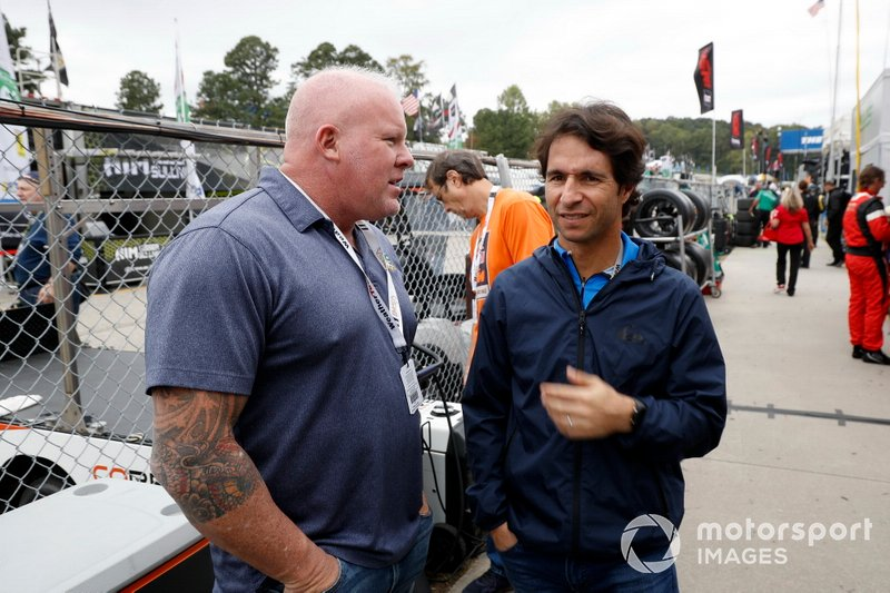 Bruno Junqueira con Paul Tracy de NBC