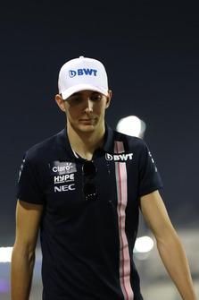 Esteban Ocon, Racing Point Force India walks the track