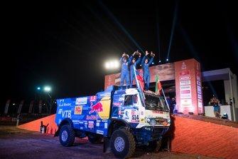 Podium: #514 Team Kamaz Master: Dmitry Sotnikov, Ilnur Mustafin, Dmitrii Nikitin