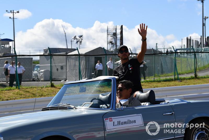 Lewis Hamilton, Mercedes AMG F1 en el desfile de pilotos