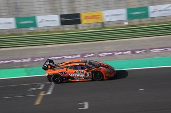 Lamborghini Huracan Super Trofeo Evo #5, Antonelli Motorsport: Giacomo Altoe, Daniel Zampieri