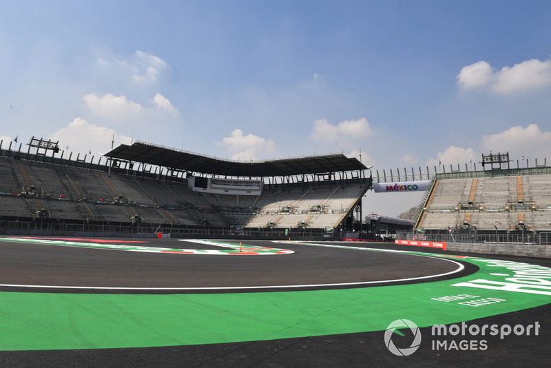 Stadium section of track