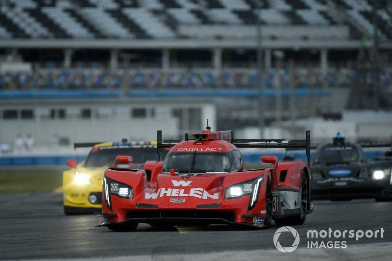 5. DPi: Фелипе Наср, Пипо Дерани, Эрик Каррен, Whelen Engineering Racing, Cadillac DPi-V.R (№31)
