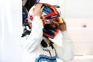 Robert Kubica, Williams Martini Racing, si aggiusta il casco