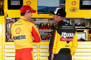 Joey Logano, Team Penske, Ford Fusion Shell Pennzoil, Clint Bowyer, Stewart-Haas Racing, Ford Fusion Rush Truck Centers