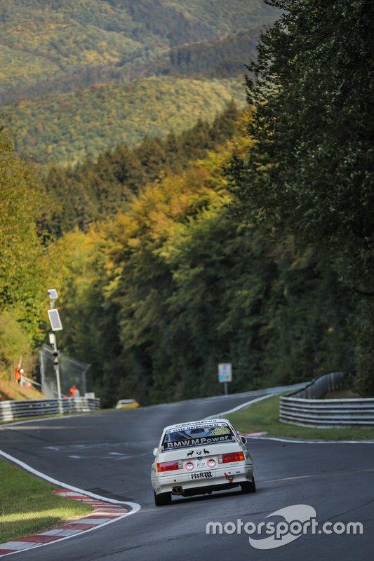 #626 BMW M3 E30: Konstantin Wolf, Christian Hirsch