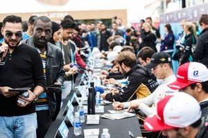 Andre Lotterer, DS TECHEETAH, Jean-Eric Vergne, DS TECHEETAH lors de la séance d'autographes