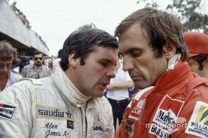 Alan Jones y su compañero de Williams Carlos Reutemann