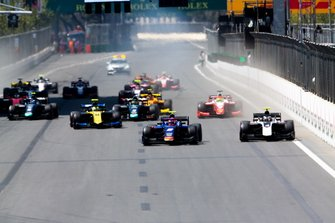 Start action, Nobuharu Matsushita, CARLIN leads Nyck De Vries, ART GRAND PRIX