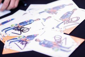 Lando Norris, McLaren autograph cards